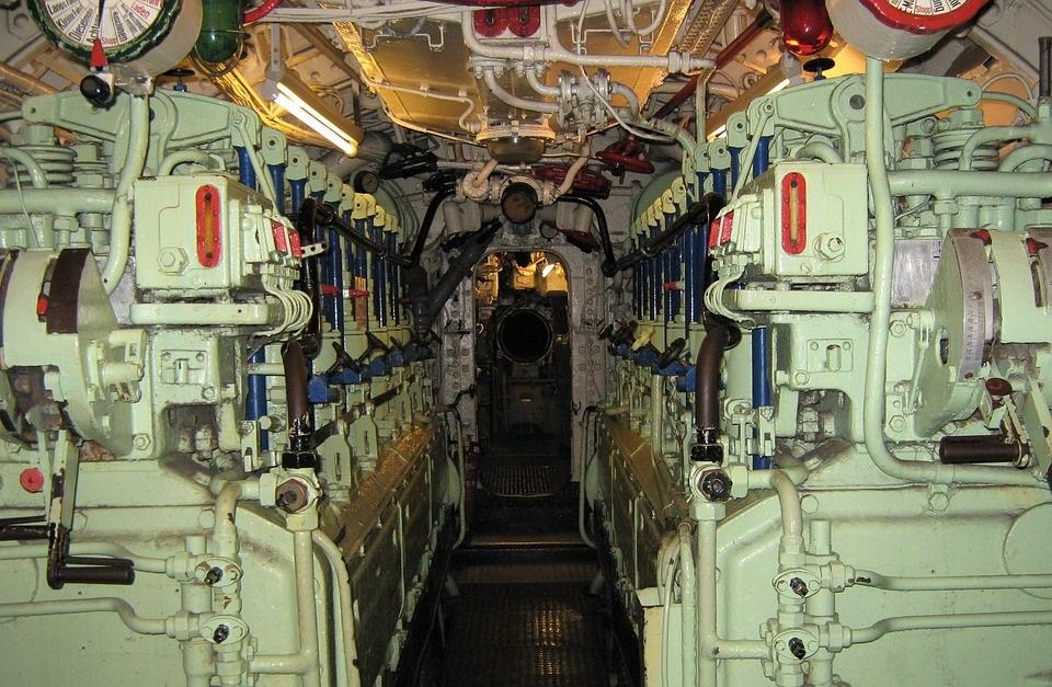 engine-room-2186283_960_720.jpg